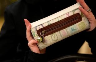 Jak už nikdy nezažít tohle: stojím u pokladny a panikařím, že nemám peněženku!