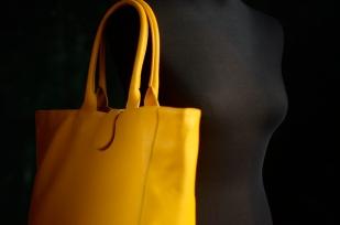 Příběh žluté kabelky ...